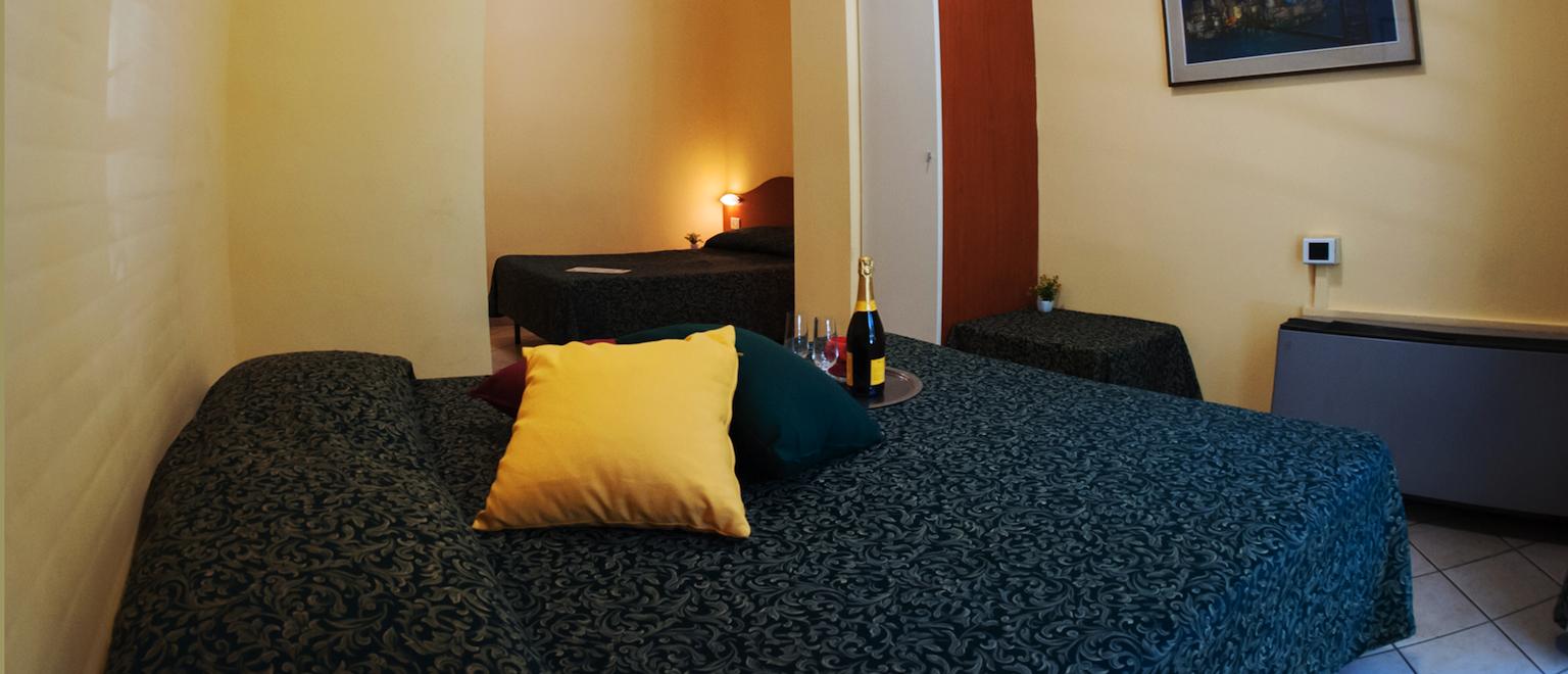 camera-quadrupla-familiare-hotel-centro-milano