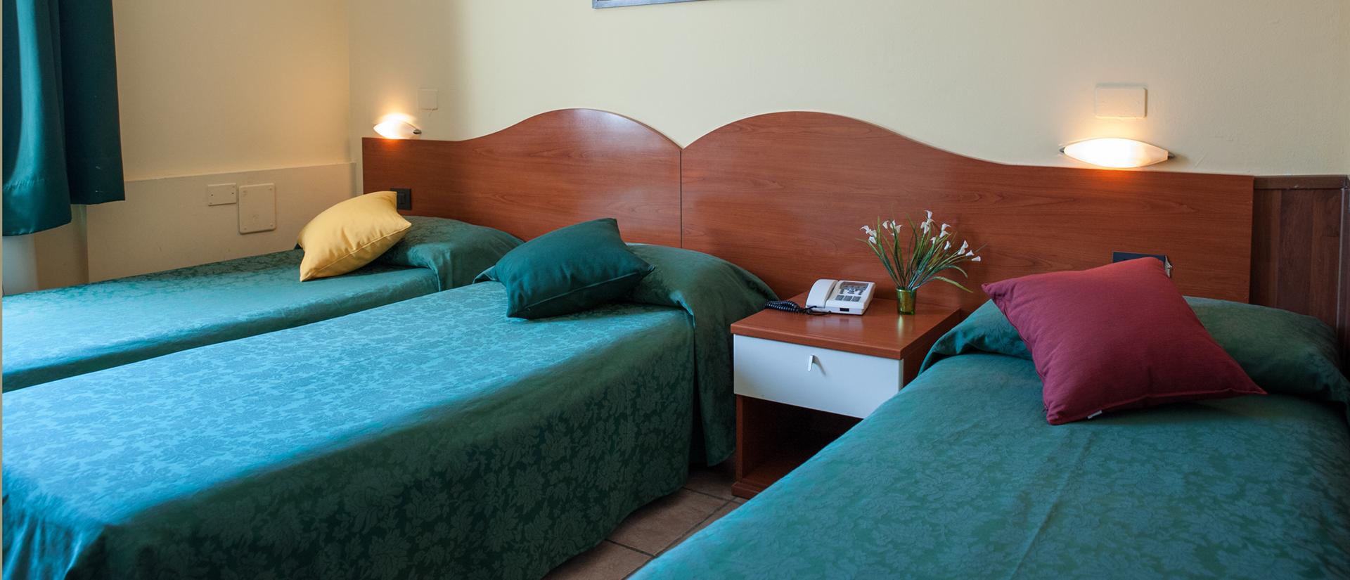 camera-tripla-hotel-centro-milano